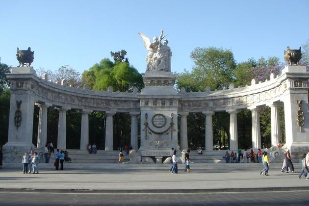 Hemiciclo a Benito Juárez