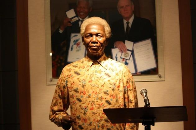 Mandela muñeco de cera