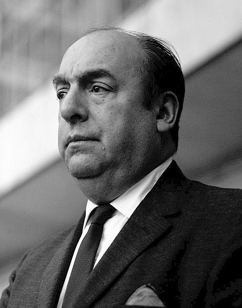 Pablo Neruda en público