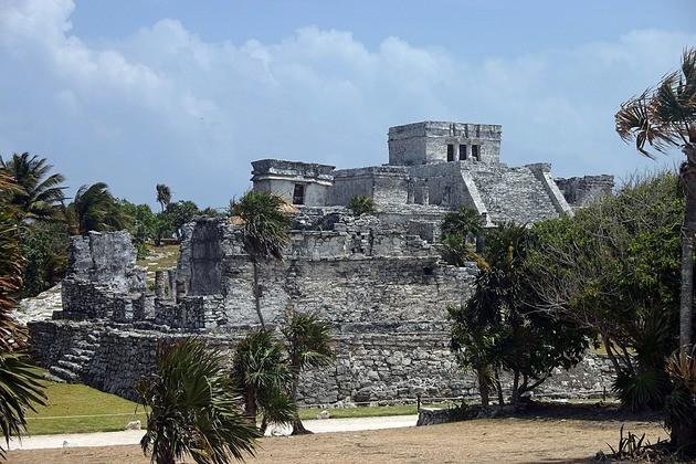 Explorar la historia importancia de la investigacion arqueologica